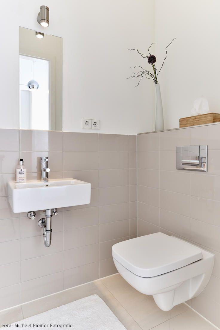 Gaste Wc Gestalten Einladend Statt Nuchtern So Geh Bad Fliesen Badezimmer Kleine Gaste Wc