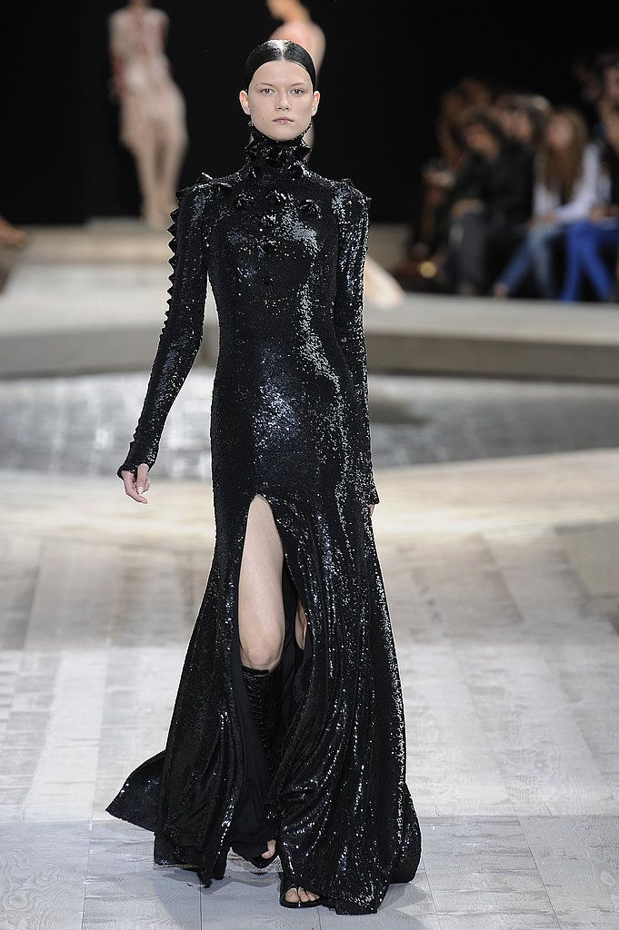 6044b1da72d0 Riccardo Tisci Takes Givenchy Fall 2009 Couture to the Middle East ...