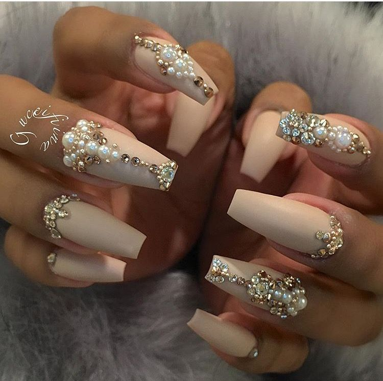 I love this look but I want the most elaborate nail to be my ring ...