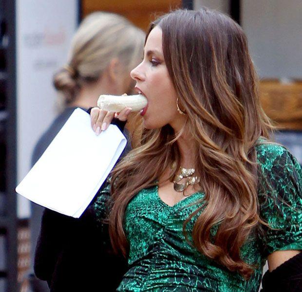 Tretente Amor Platanonico Good Shaped Sofia Vergara Pregnant Sofia Vergara Best Gowns