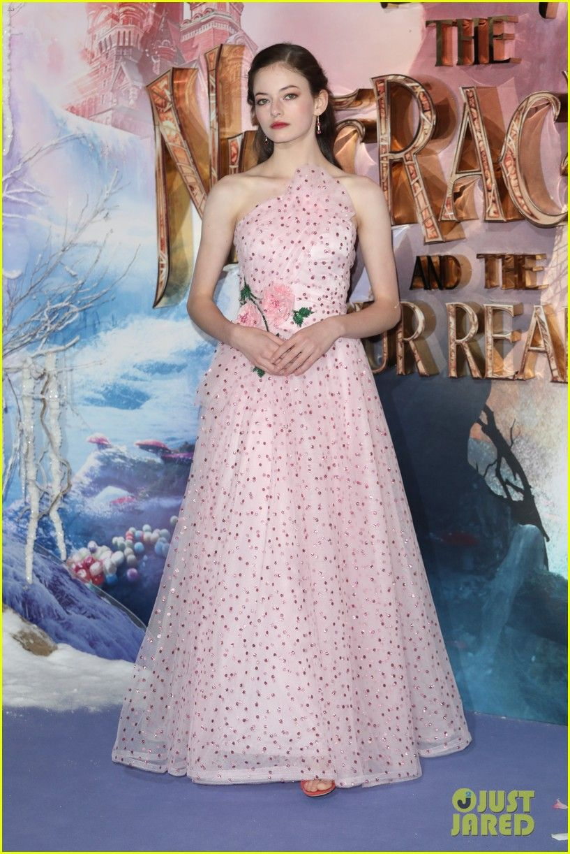 Mackenzie foy starstyle in pinterest dresses pink dress