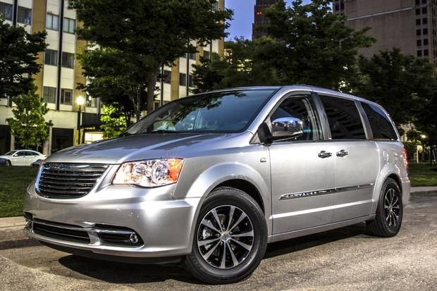 Our Mini Van Chrysler Town And Country Chrysler Best Tyres