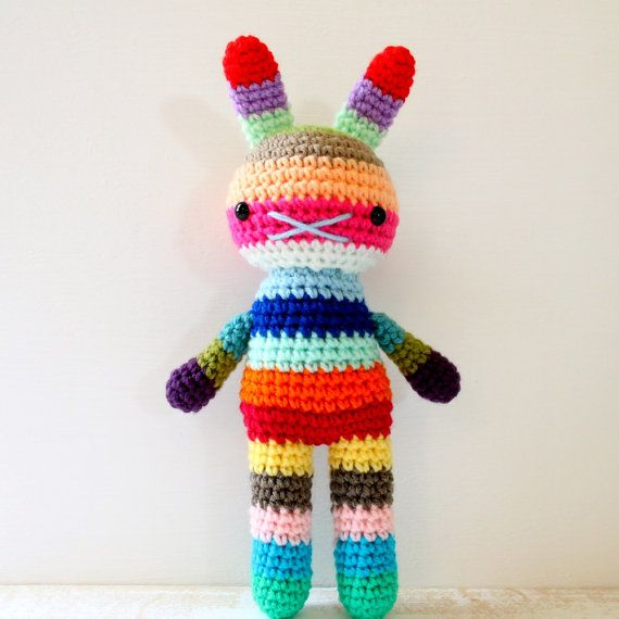 Rabbit toy amigurumi crochet doll rainbow .. merriwether | Cobijas ...