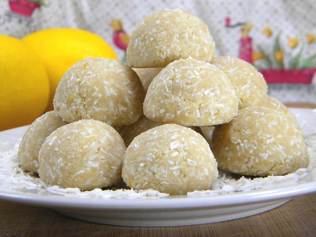 raw coconut lemon meltaway cookies...