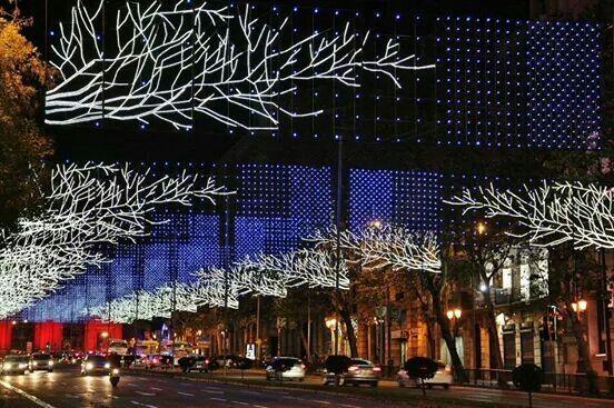 Madrid. Calle de Alcala. Iluminacion navideña 2014