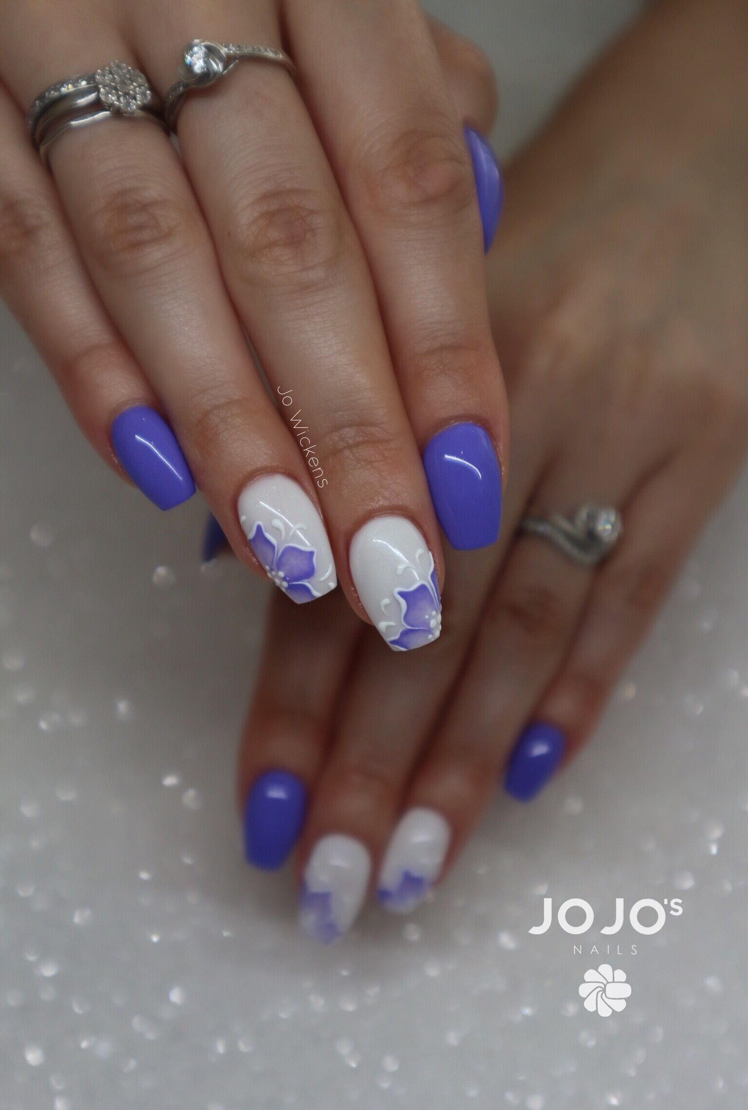 Light Elegance Hard Gel Colours Used Queen Bee White Swimsuit Paint