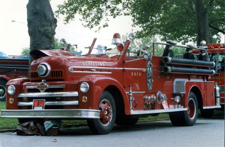 Seagrave Fire Apparatus >> 1953 Seagrave Fire Truck Fire Trucks Trucks Fire Engine