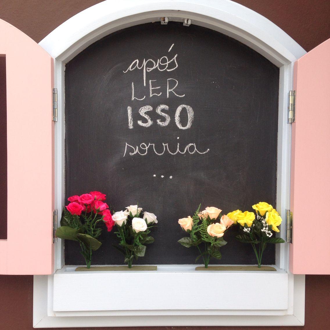 vejo flores e sorrisos BOM DIA #janelaamei #lojaamei #sorrisos #bomdia #amor #flores