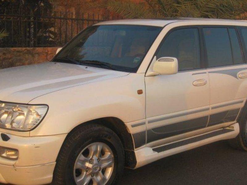 جيب لاندكروزر 2007 Vx R سعودي لؤلؤي سعودي حراج Car Door Vehicles Car