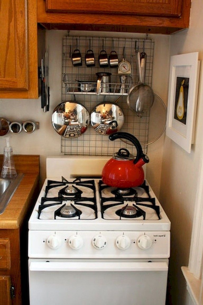 40 Fantastic Rental Apartment Kitchen Organization Ideas #apartmentkitchen