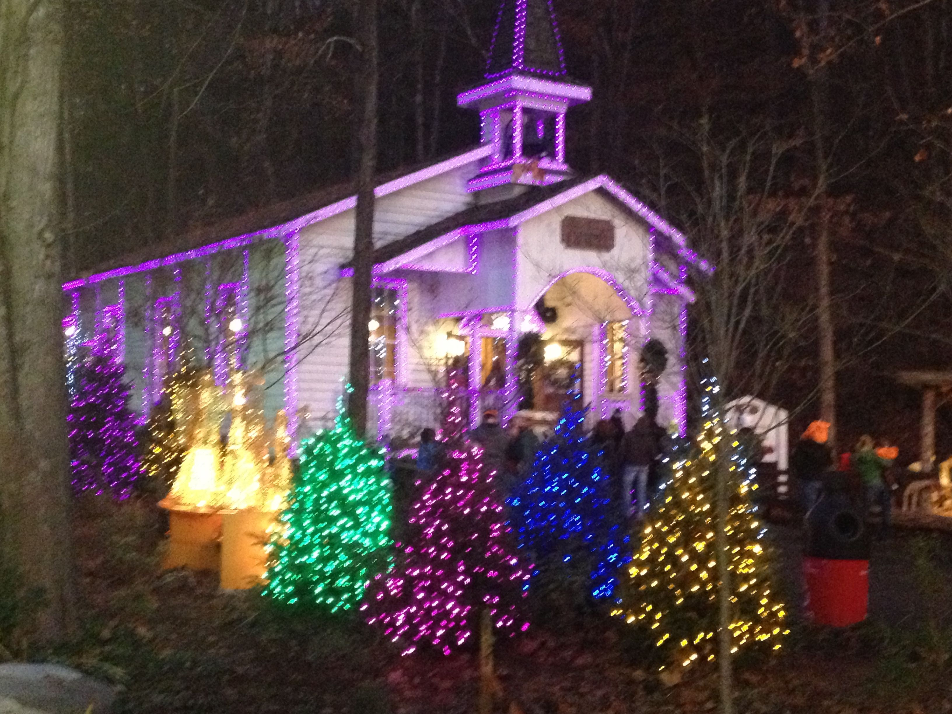 Christmas At Dollywood Love To Go With The Group Of Ladies From Jackson Baptist Gatlinburg Christmas Dollywood Christmas Beautiful Christmas
