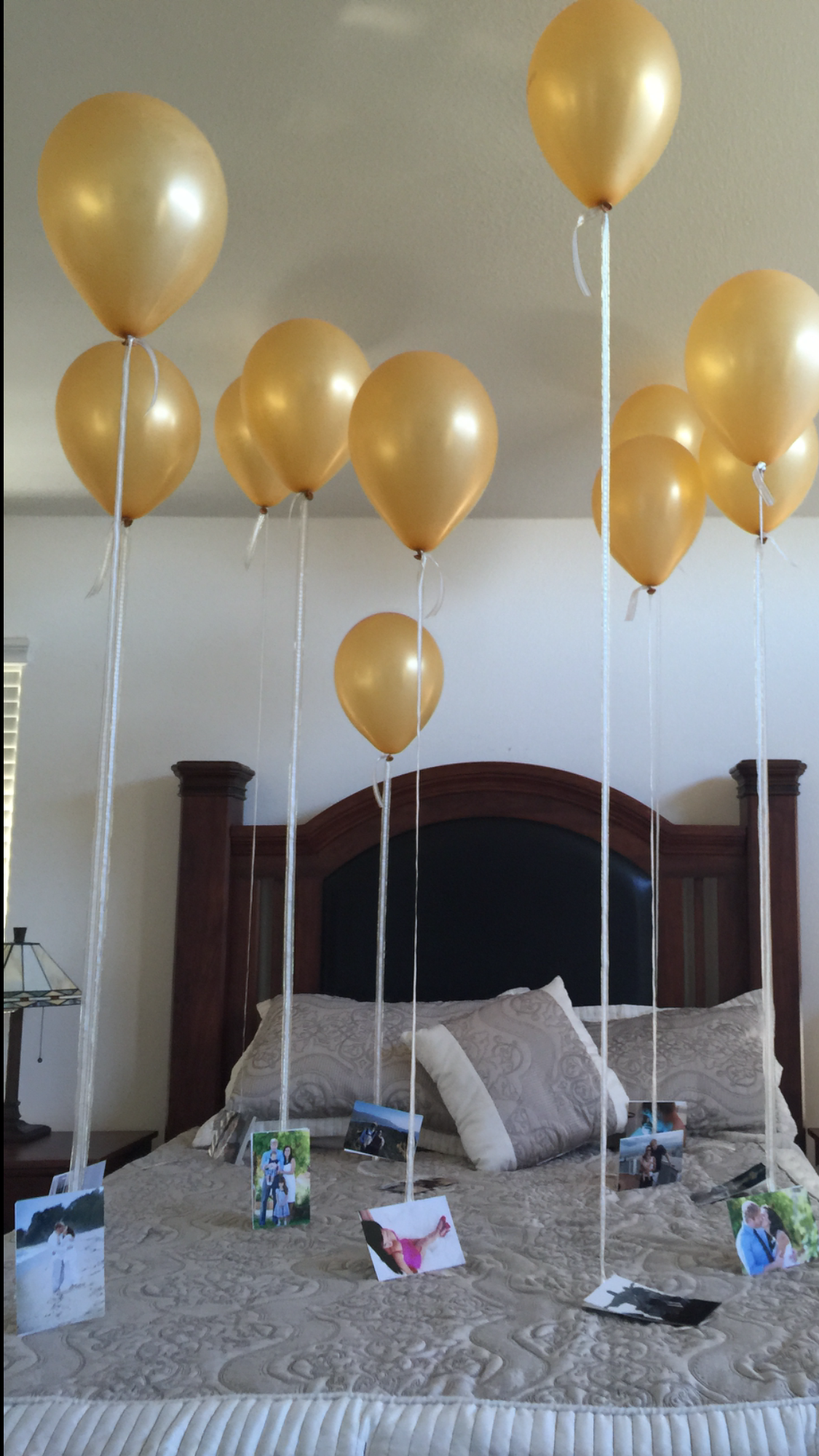 Pin By Zip Zip On Kassandra Birthday Ideas In 2020 Wedding Anniversary Surprises Anniversary Surprise Helium Balloons
