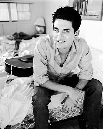 Q&A: John Mayer on His New Voice, Summer Tour and Dating ...
