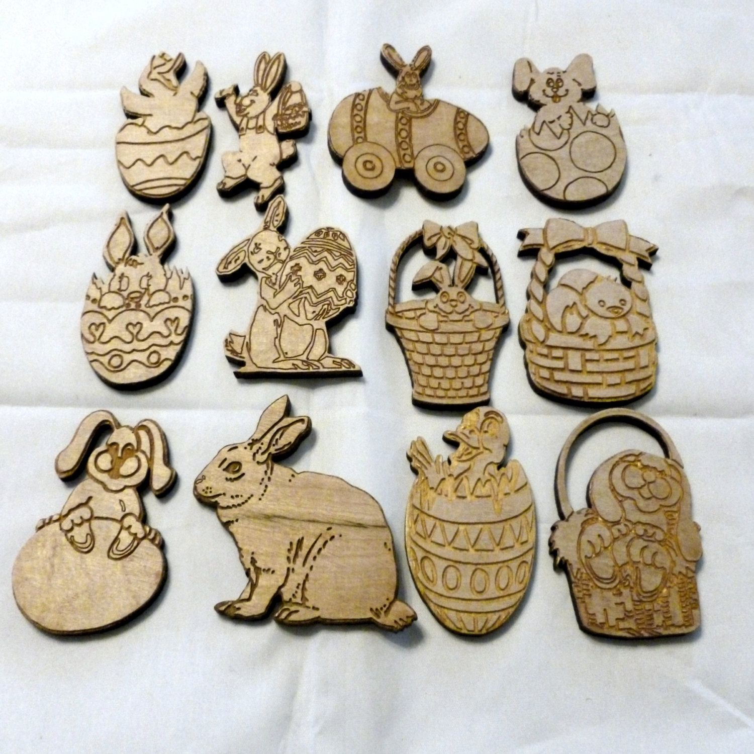 4 x large gold//silver Easter egg// rabbit die cuts