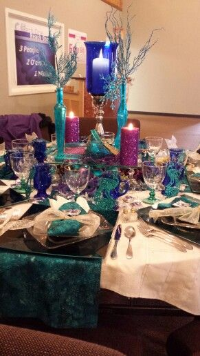 Turquoise Blue And Purple Table Setting For Christmas Purple Table Settings Christmas Table Decorations Purple Table