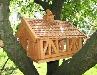 nachbau vogelfutterhaus vogelhaus fachwerk holzarbeit 1 2 v gel haus und vogelhaus ideen. Black Bedroom Furniture Sets. Home Design Ideas