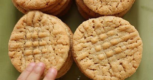 Best peanut butter cookies, Peanut butter cookies and Best peanut butter on Pinterest