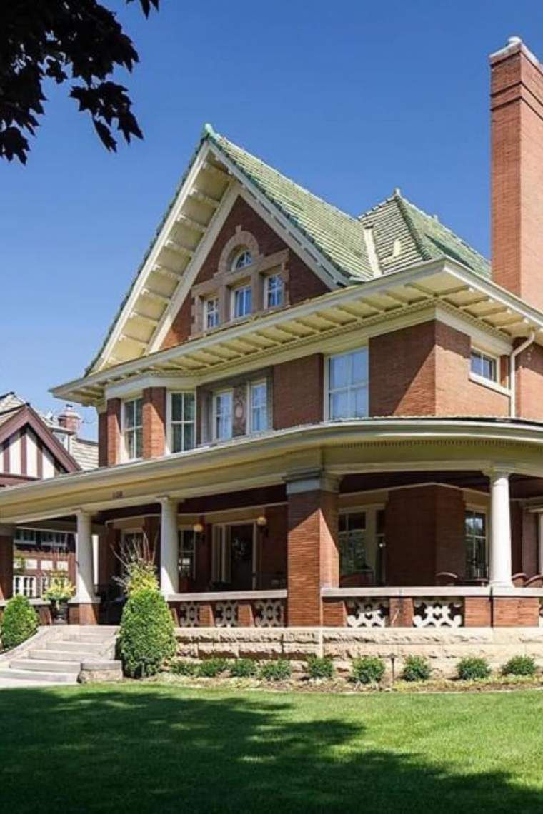 1909 Historic House For Sale In Saint Paul Minnesota In 2020 Historic Homes House Old Houses