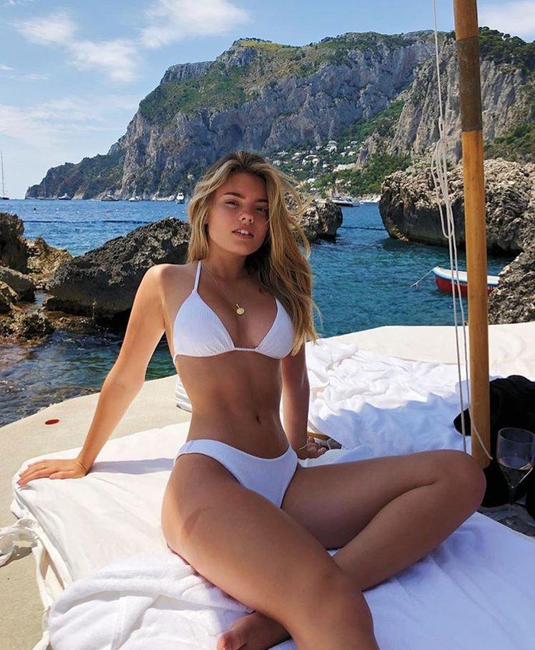 7c383f56b0d7 Lindas chicas con bikini. | Ropa de verano de linda Alejandra ...