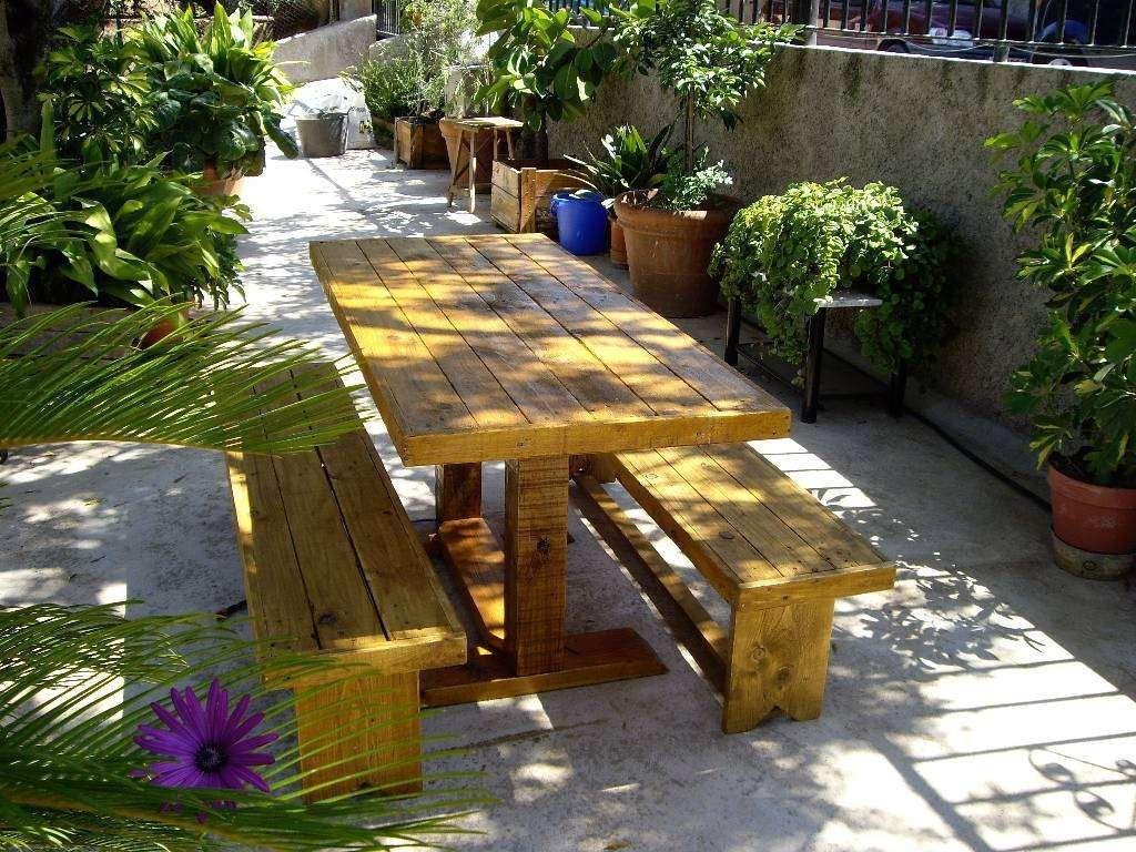 mesa y bancos palets