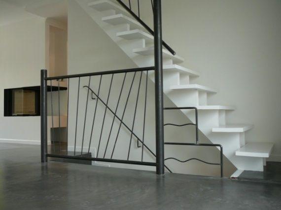 garde corps d 39 escalier en acier deco pinterest garde corps rampe escalier et escalier fer. Black Bedroom Furniture Sets. Home Design Ideas