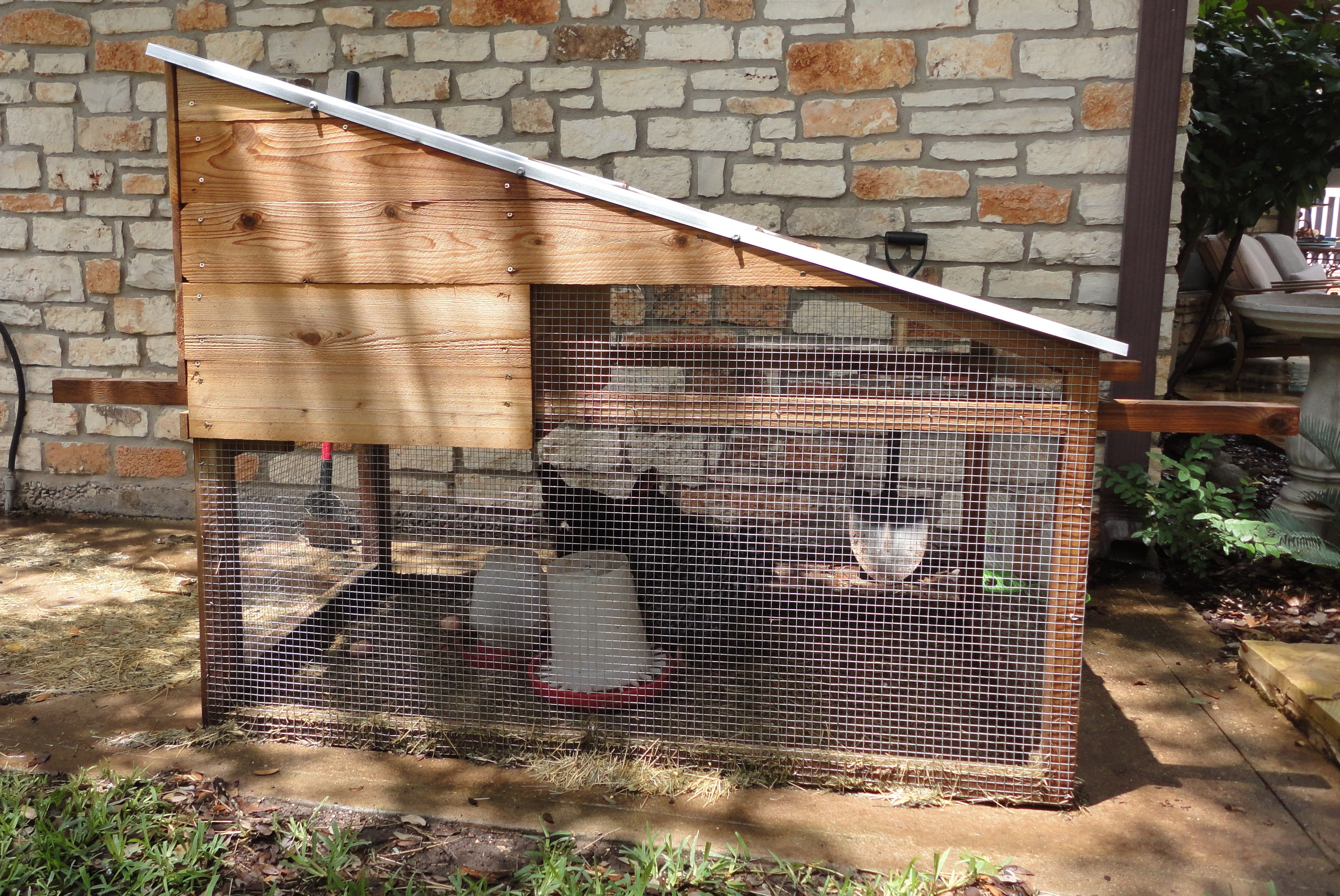 Portable Backyard Chicken Coop, 3 Ft X 5 Ft For A Total Of 15 Square