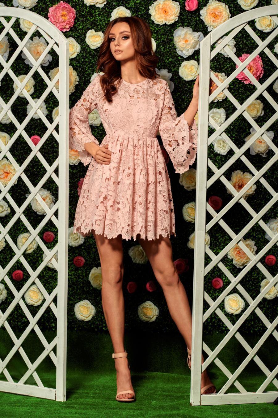 cf300555ed Koronkowa Sukienka z Rozkloszowanymi Rękawami Różowa LEL262 w 2019 ...