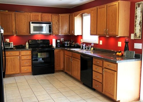The Right Paint Colors For Kitchen With Oak Cabinets  Kitchen Cool Kitchen Designs With Oak Cabinets Inspiration Design