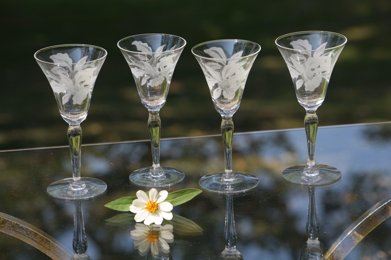 Vintage Etched Wine Cordial Glasses Set Of 4 Wine Party Glasses Vintage Floral Etched Wine Glasses Etched Wine Glasses Gold Bar Cart Vintage Wine Glasses