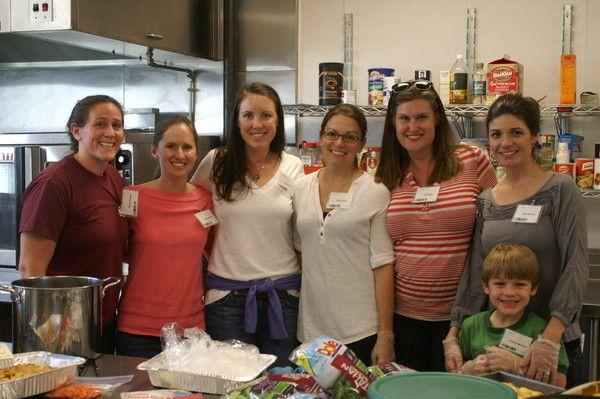 Moms Group Volunteers Support Light House Shelter Lighthouse Homeless Prevention Volunteer