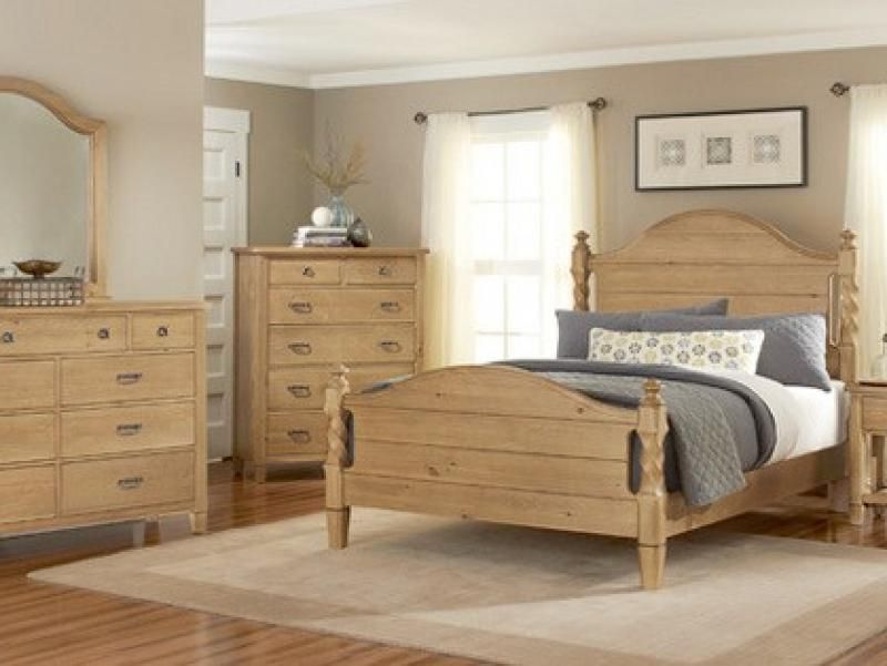 Vaughan Bassett BB49 Pine Panel Bed features arched