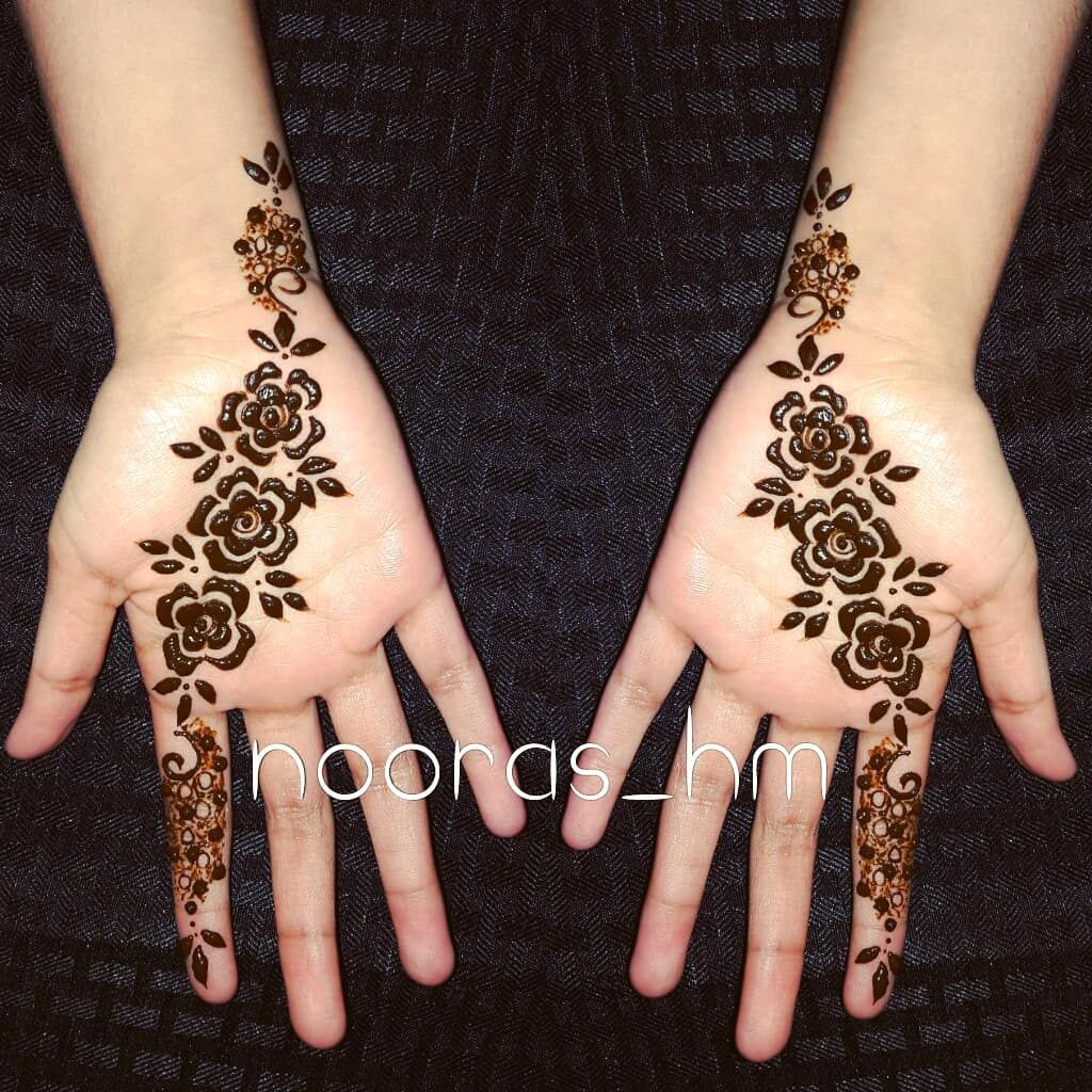 Simple Dubai Henna @nooras_hm Henna Booth at @berkmarhigh #art ...