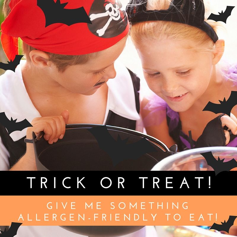 One of the best parts of Halloween, besides dressing up as spooky ghouls and goblins, is receiving all the tasty treats to eat! However, this can be a scary time for parents/caregivers of children at risk for experiencing food allergy reactions. Never fear, Halloween can still be exciting and safe for everyone!