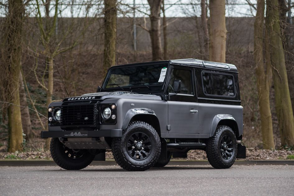 1 of only 180 examples produced brand land rover type defender 90 autobiography color bering. Black Bedroom Furniture Sets. Home Design Ideas