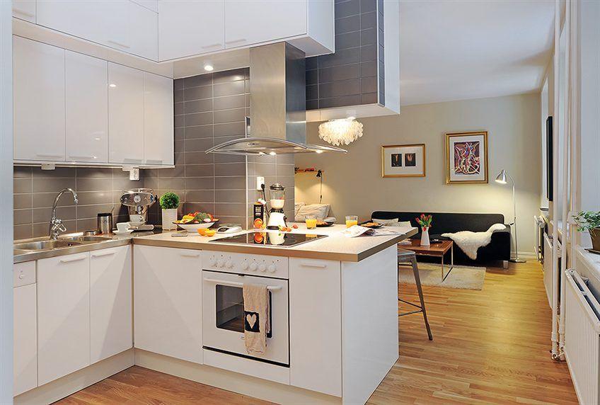 Jak Urzadzic Waska Sypialnie Szukaj W Google Small House Design Modern Kitchen Home Decor