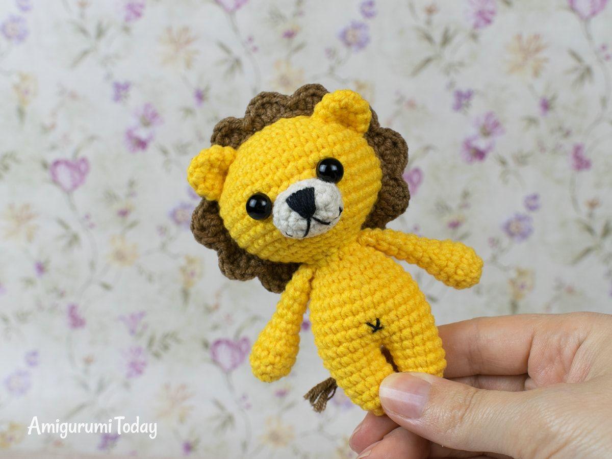 Crocheted rag doll amigurumi pattern - Amigurumi Today | 900x1200