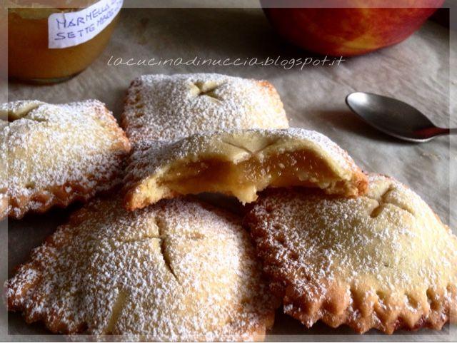 La cucina di Nuccia: Ravioli di pasta frolla alle mele
