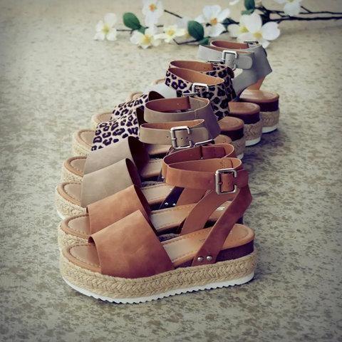 Adjustable Buckle Platform Sandals