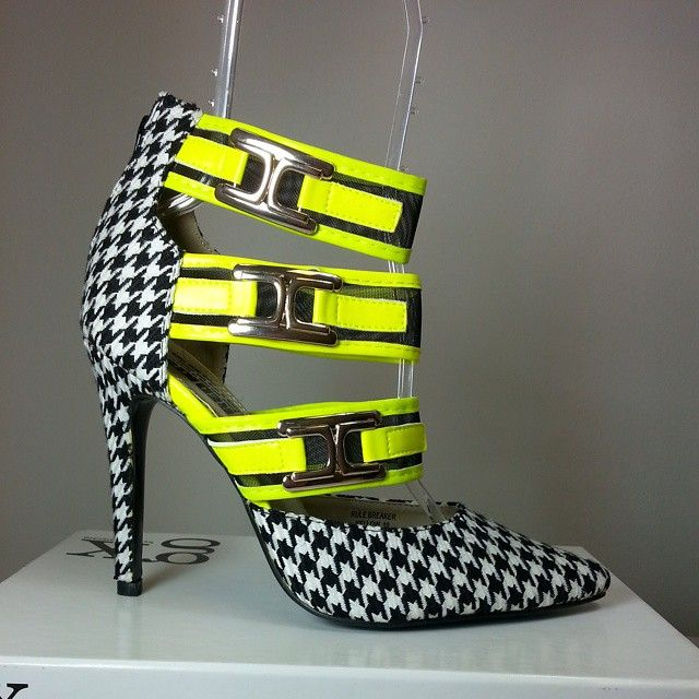 Pointy toe heels with black and white geometric print, yellow bands with buckles #cutesyoriginals