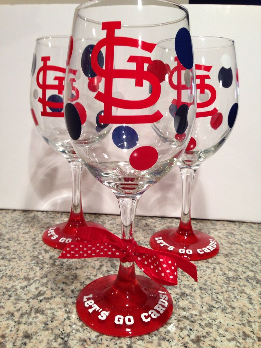 20oz St Louis Cardinals Wine Glass By Randipity On Etsy 14 00 Wine Glass