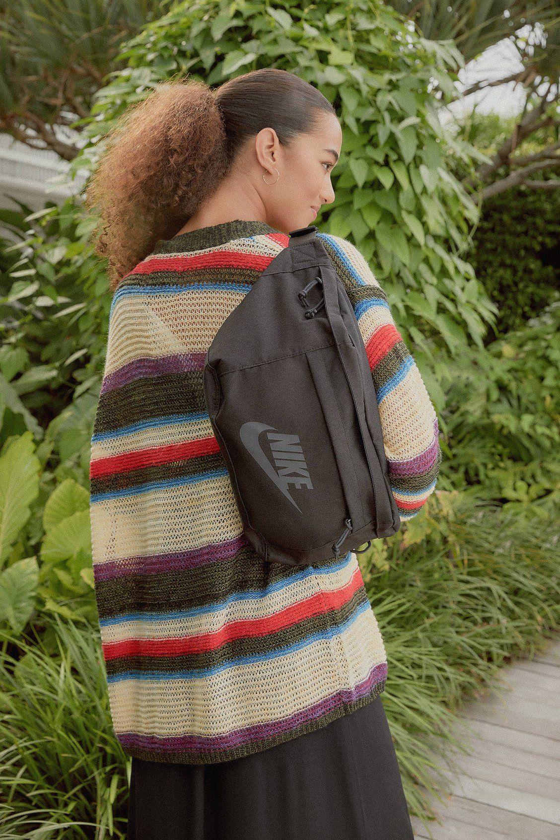 Nike Tech Sling Bag (With images) Sling bag, Nike tech
