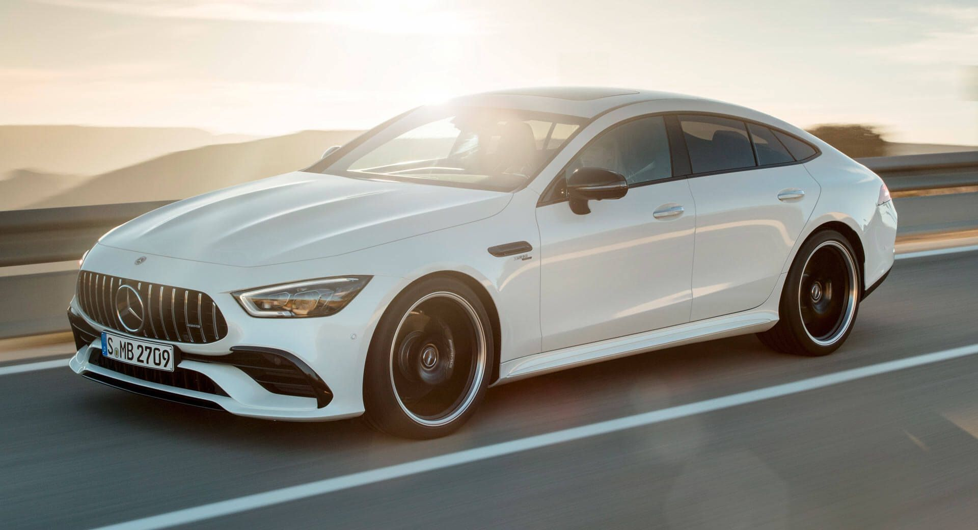 Mercedes Amg Gt 4 Door Coupe Hybrid Might Arrive In 2020