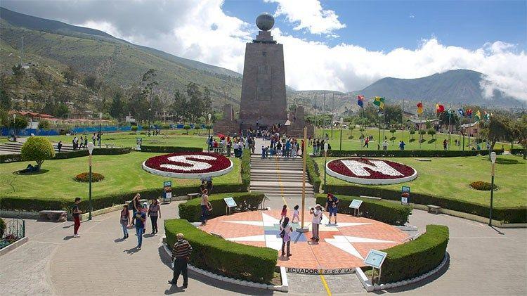 traveler guides Top 30 things to do in Quito Ecuador