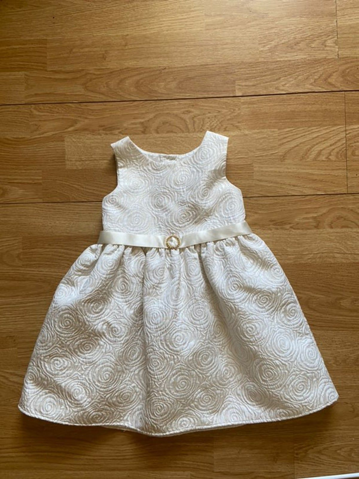 Pin By Amala Thomas On Baptism Dress Dresses Cute Dresses Summer Dresses [ 1603 x 1200 Pixel ]