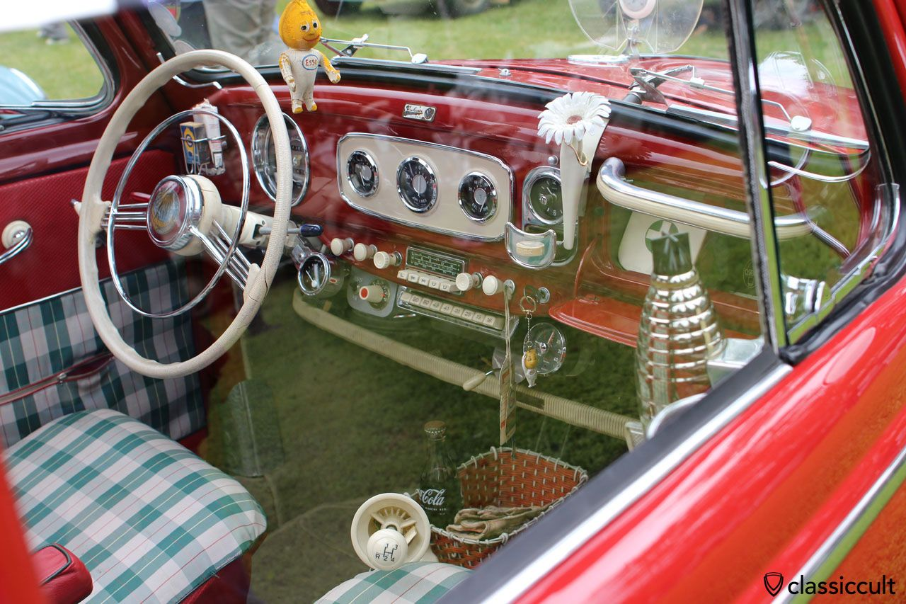 VW Oval Bug dashboard, overloaded with rare accessories   Vw ...