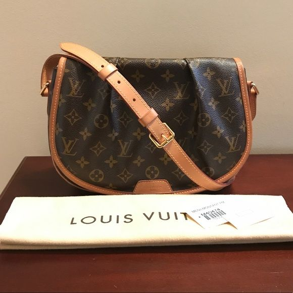 35ce6ed76561 Shop Women s Louis Vuitton Brown Tan size OS Crossbody Bags at a discounted  price at Poshmark