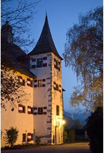 Pin Von Kaprun Select Apartment Top 1 Auf Deutschland Germany Rittergut Burg Zell Am See