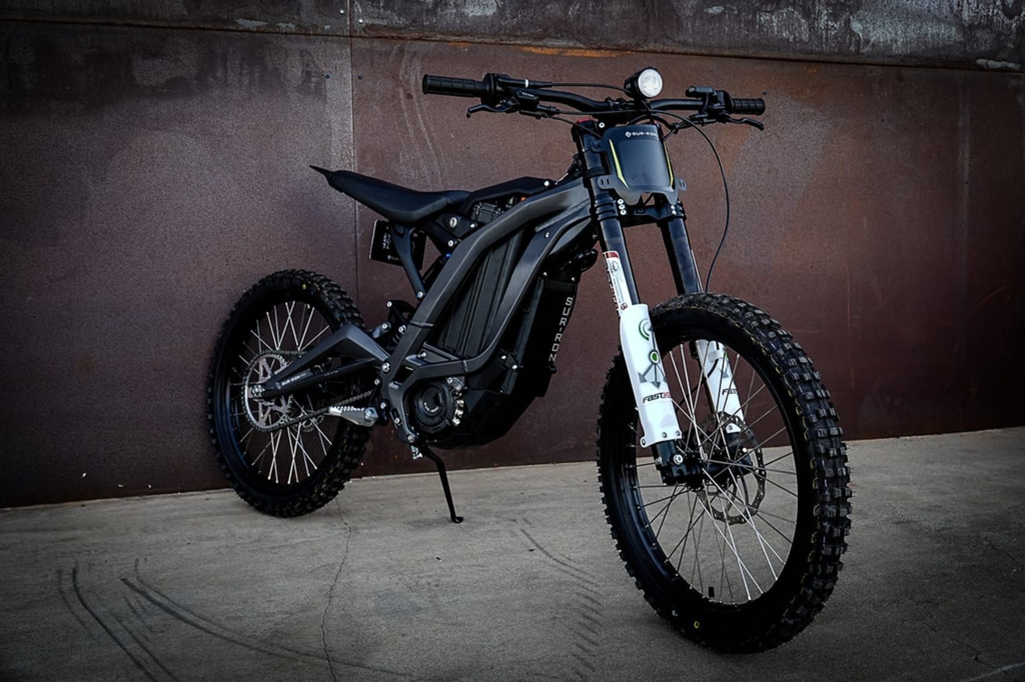 Sur Ron Light Bee Electric Trail Bike Nails The Price Point Electric Dirt Bike Best Electric Bikes Electric Bike