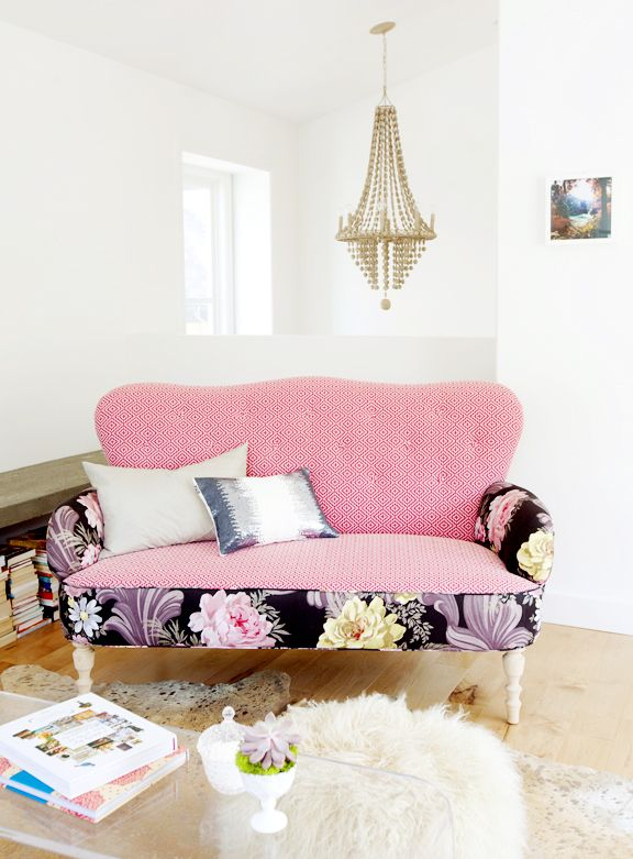 Home Sweet Home: A Touch of Pink October 6, 2016 | Settees ...