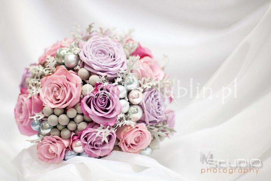 Bukiet Slubny Dla Zimowej Panny Mlodej Rose Flowers Plants